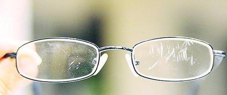 как протирать очки для зрения без разводов