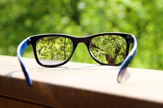 линзы для глаз или очки